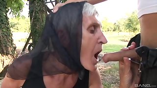 Outside sex and a blowjob are amazing with horny and old mature Kata