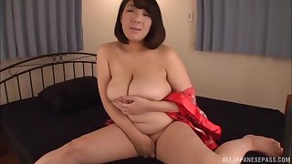 Busty Japanese MILF Kujou Sayaka smears cum all over her big boobs