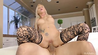 Full POV shows the premium blonde moaning together with trembling unaffected by make aware of